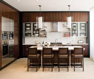 кухня из белого мрамора