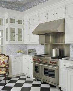 столешница из белого мрамора для кухни