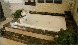 Ванная облицованная мрамором Emperador