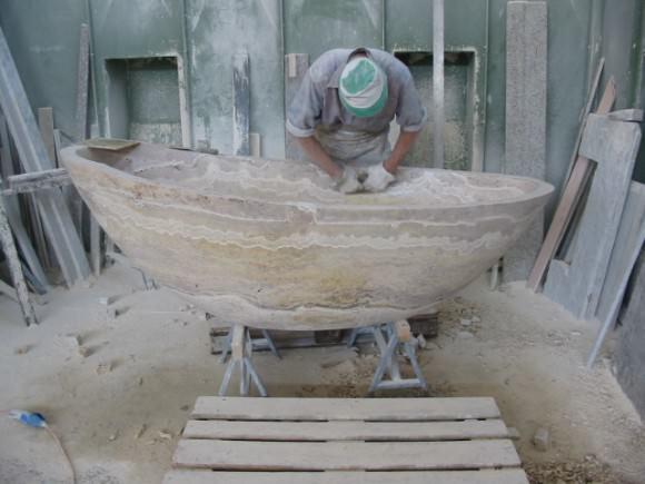обработка мраморной ванны вручную