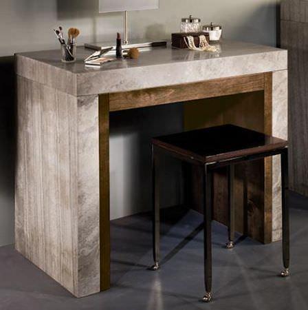 Макияжный стол Trucco из мрамора