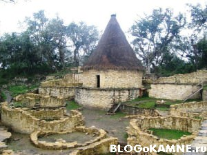 Интересный проект дома из камня