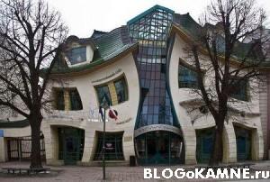 необычный проект дома из камня