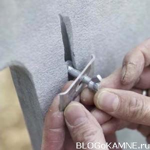 монтаж крепежа раковины