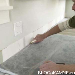 примыкание каменной столешницы к стене