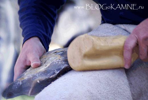 каменное рубило фото