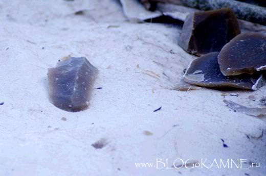 ручное рубило из камня