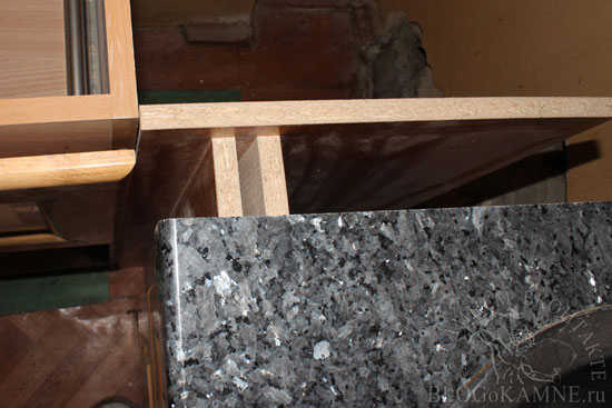 установка гранитной столешницы