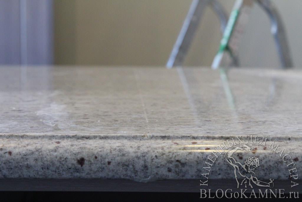 стык на гранитной столешнице